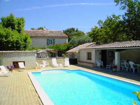 Chambres et table d'hôtes En Drôme Provençale: Les Rouvières